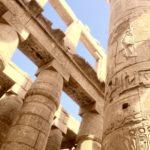Grande Sala Ipostila, Colone con bassorilievi e gerogrlifici egizi, Tempio di Karnak, Luxor, Egitto